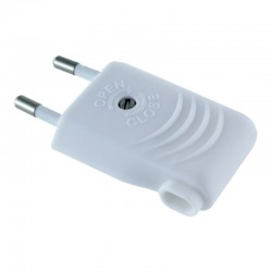 Enchufe Europeo Plano con Entrada Lateral - Blanco